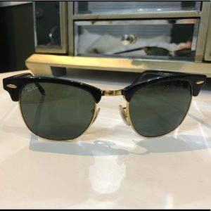Ray Ban Wayfarer Classic Black and Gold